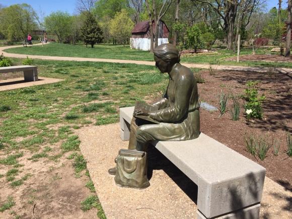 Memorial statue 2